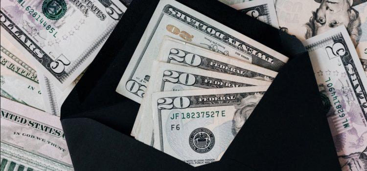 envelope-with-money