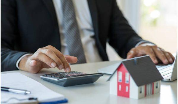 Evaluating loan application