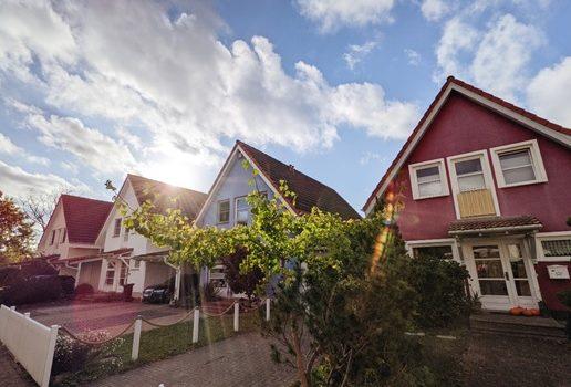 Beautiful homes in an idyllic neighborhood.